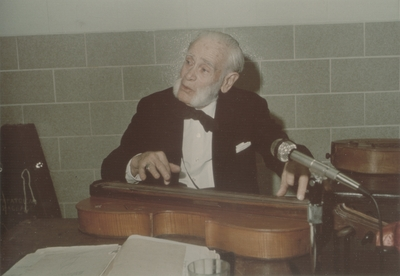 Performance by John Jacob Niles for senior citizens; Mount Sterling, KY