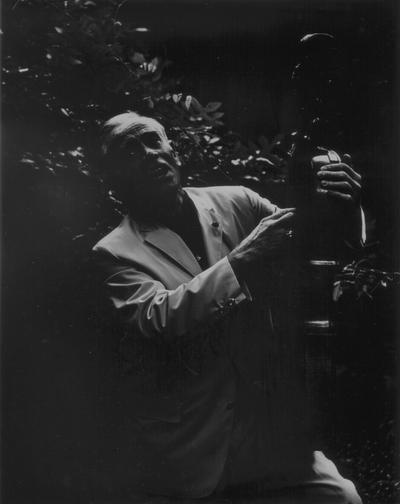 John Jacob Niles with dulcimer, Boot Hill Farm; Eugene Meatyard