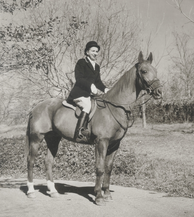 Rena Niles on her hunter, Radiator; Boot Hill Farm