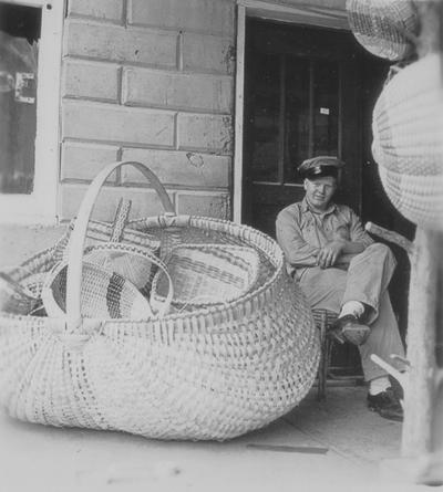 Basket makers, Louisville Courier-Journal