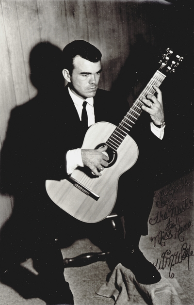 Warren M. Wolfe, guitarist who performed John Jacob Niles' music