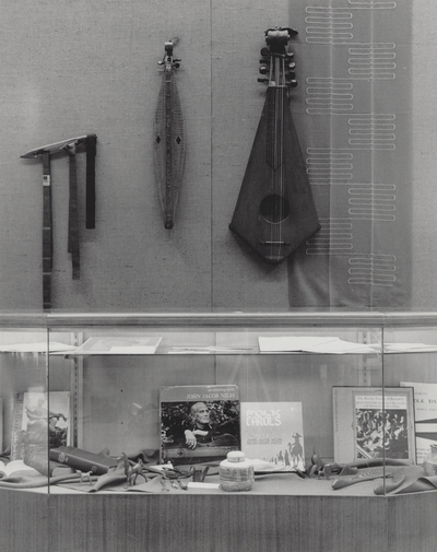 Craft exhibit including John Jacob Niles' dulcimer and books; Berea, KY