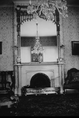 Loudon House - Note on slide: Drawing room mirror
