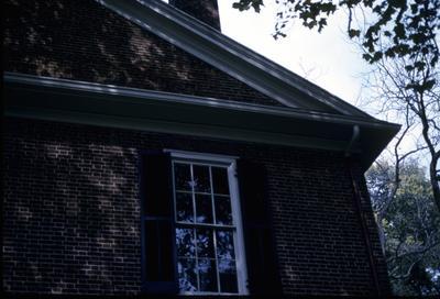 John Wesley Hunt House (Hunt - Morgan House) - Note on slide: North corner of front pediment