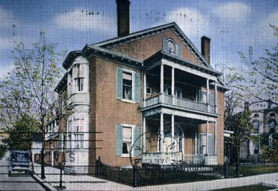 John Wesley Hunt House (Hunt - Morgan House) - Note on slide: 1940s post card