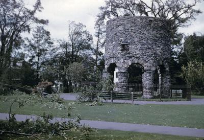 Stone Tower (Newport Tower)