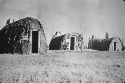 Pioneer Village - Note on slide: Cummings / Framed Houses