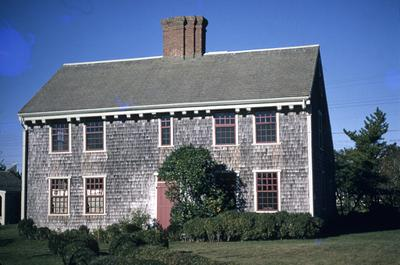 Josiah Coffin House - Note on slide: 60 Cliff Road