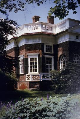 Monticello - Note on slide: Octagonal Projection. Adams / Monticello