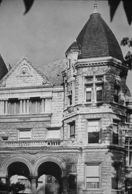 Theophilus Conrad House - Note on slide: C.J. Clarke and Arthur Loomis architects