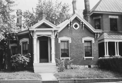 Sue Arnett House - Note on slide: 386 S. Upper