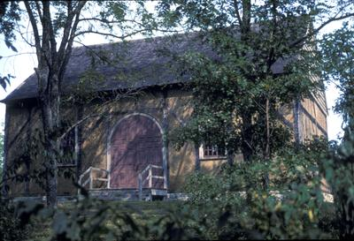 Old Mud Meeting House - Note on slide: Exterior view of building