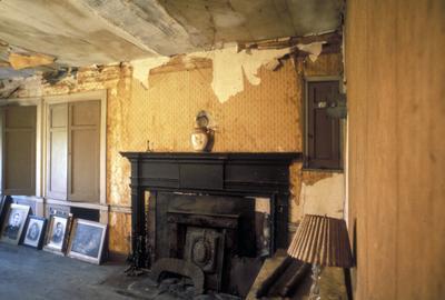 Thomas Marshall house - Note on slide: Interior view
