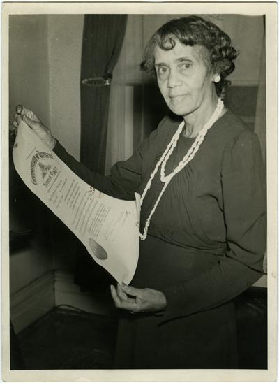 Elizabeth Beatrice Cooke Fouse; written on back