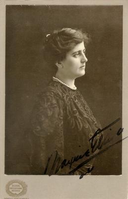 Maxine Elliott; autographed; Photographer: Burr McIntosh Studio; New York