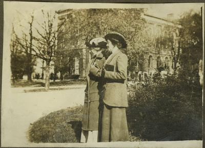 Elizabeth Madox Roberts and Lucia Clark Markham on the campus of Univeristy of Kentucky