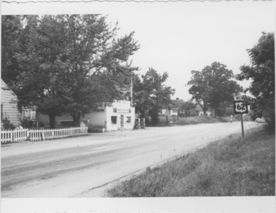 Series S-3-S26: Fox Creek (Ky.), grocery and house on 62