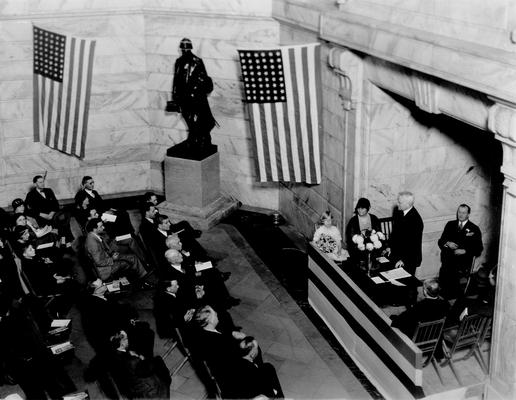 Judge Samuel M. Wilson speaking at the presentation of a statue dedicated to the Commonwealth of Kentucky