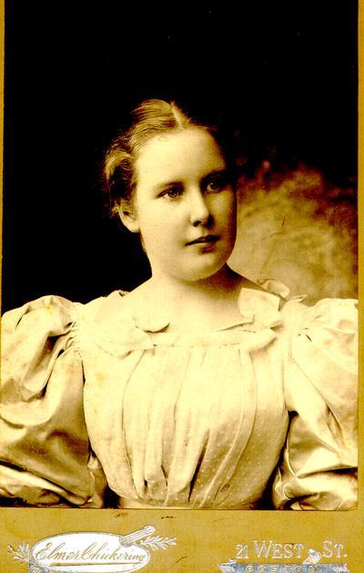 Bertha Harris Smith. May 1896. For my dear Mary.; Elmer Chickering. 21 West St. Boston