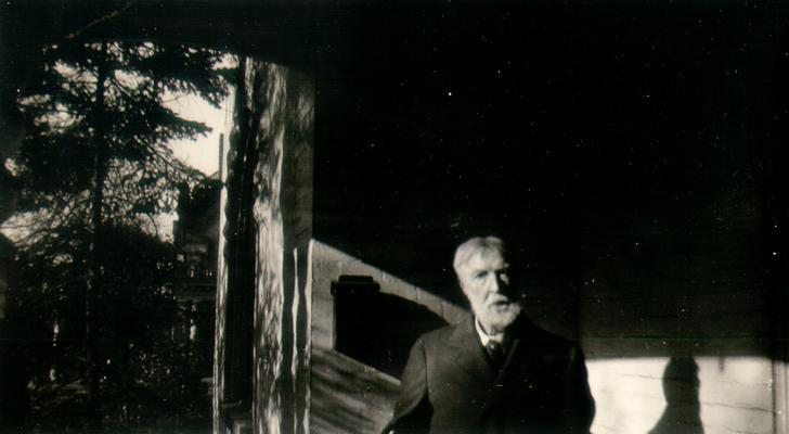 Edward Lacy Wilson. Taken at 'Landover'; Sunday