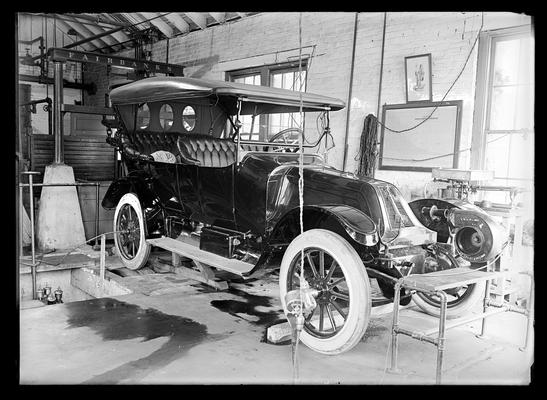 Automobile testing laboratory, Franklin, side view