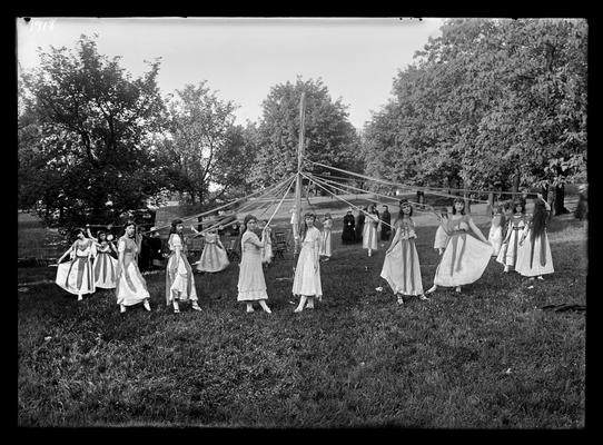 Pageant, May pole dancers
