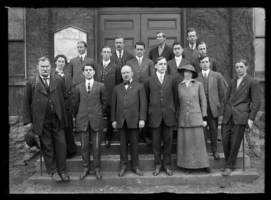 Faculty of Mechanical and Electrical Engeering Department on steps of Anderson Hall, two women