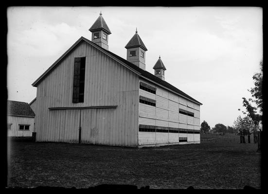 Experiment Station barn