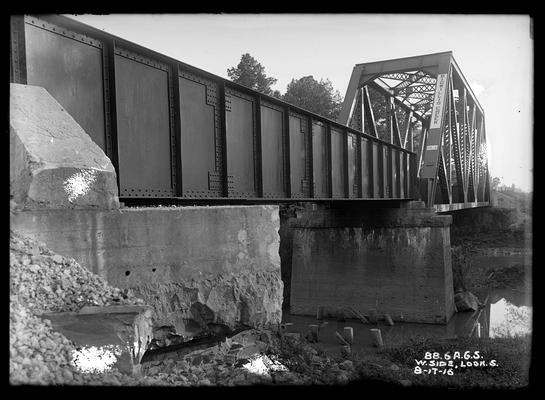 Bridge 88.6 Alabama Great Southern Railroad, west side looking south