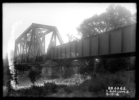 Bridge 88.6 Alabama Great Southern Railroad, east side looking south