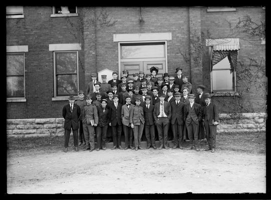 Freshman class 1908