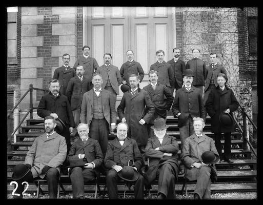 Faculty on steps of Administration Building (Main Building), President Patterson has removed his hat, 1901 Kentuckian