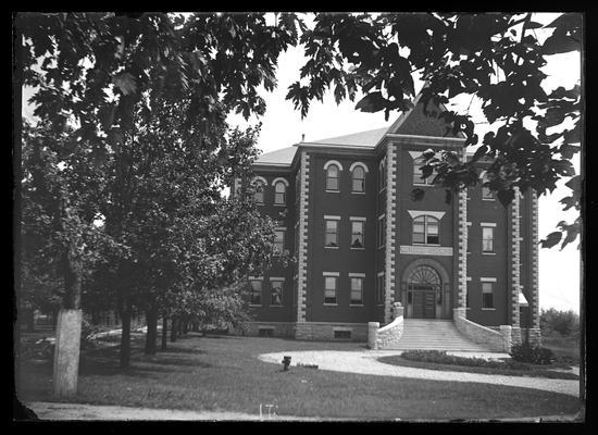 Miller Hall, Science, Natural