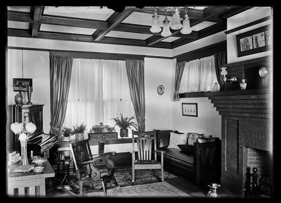 L.K. Frankel, interior, double window