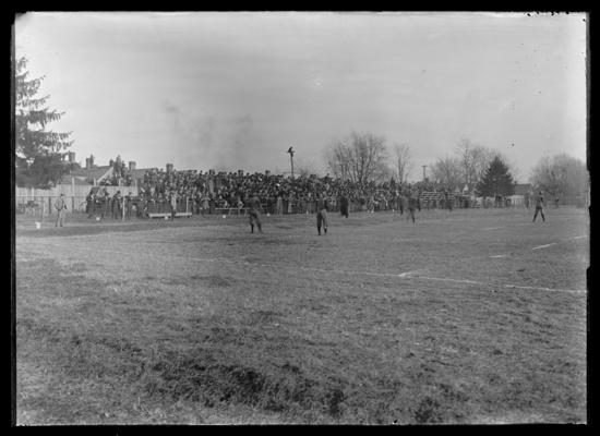 Field, Thanksgiving game 1907