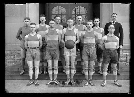 Basketball team, Dutch Burnham to left