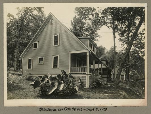 Title handwritten on photograph mounting: Residence on Oak Street