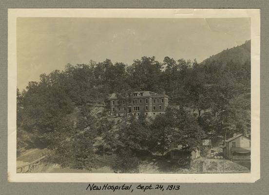 Title handwritten on photograph mounting: New Hospital