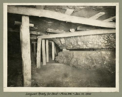 Title handwritten on photograph mounting: Longwall Ready for Shot in No. 206 Mine