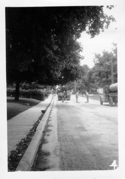 Horse Cave street under construction, 1941