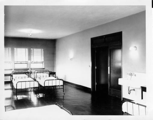 Ward room in Hopkins County Hospital in Madisonville