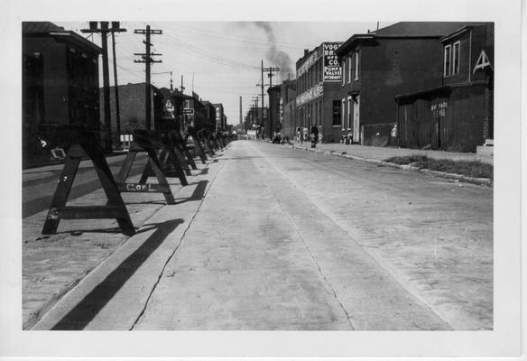 15th Street car rail removal, 1942-1943