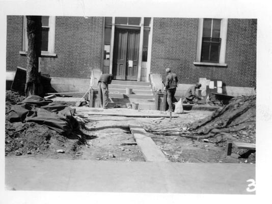 Courthouse being repaired by WPA