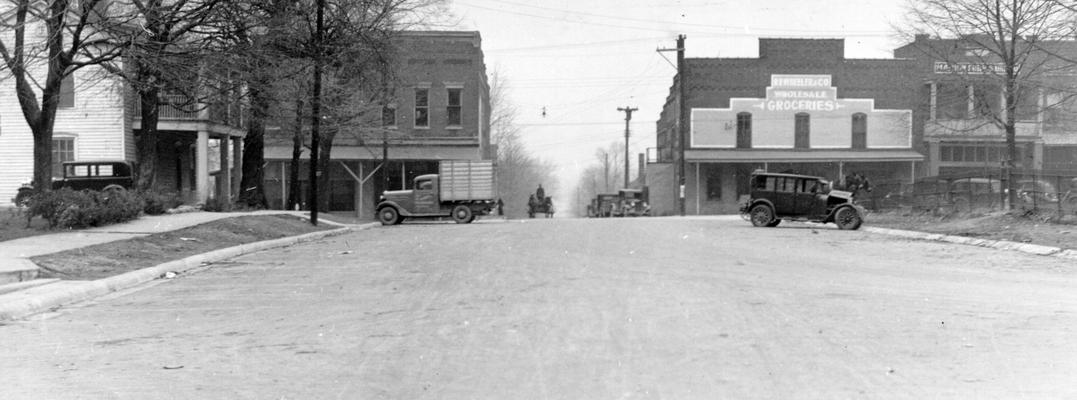 Project #921 District 1: The construction of asphalt streets in a section of Marion, KY. Marion is the county seat. Asphalt surface on Elm Street. View photographed December 17, 1936