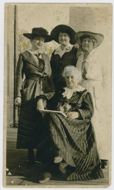 Mrs. Helm, Elodie Helm, Katherine Helm, and unidentified woman