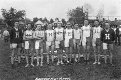 High school track team, Highland High School, Fort Thomas