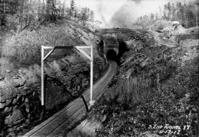 Tunnel 17, south end