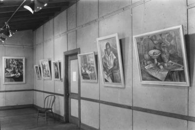 Display of portraits and still life