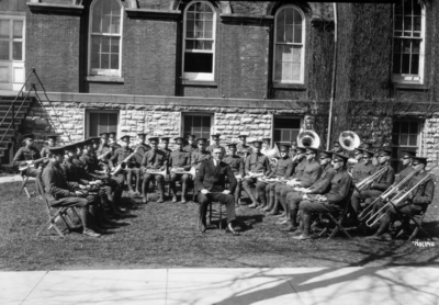 Group picture behind Administration Building, University of Kentucky; Professor C. Lampert, director