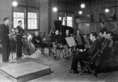 Orchestra, Bill Cross, bass player